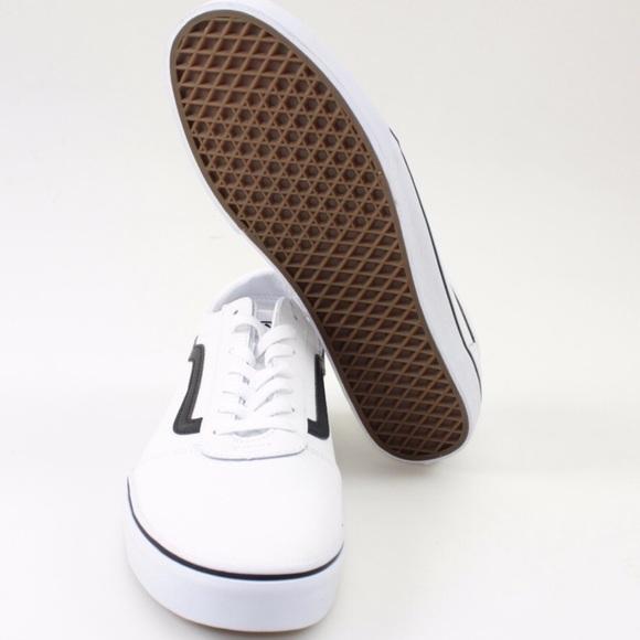 8282ba2a6d Vans White Ward Lo Leather Skate Shoes    Size 12.  M 5ca9040c2f4831e01d9290fc